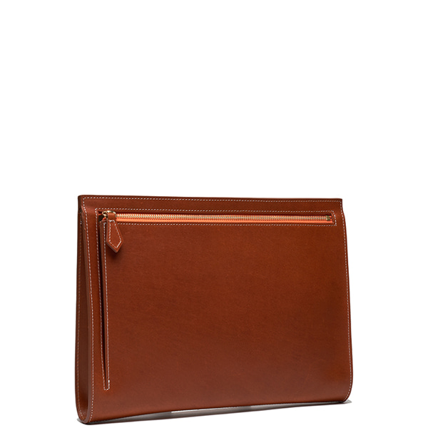 AP003 Clutch bag Tan